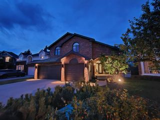 Main Photo: 21 Christie Briar Green SW in Calgary: Christie Park Detached for sale : MLS®# A1057431