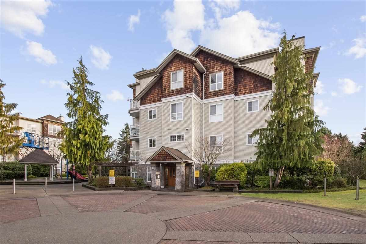 """Main Photo: 208 10186 155 Street in Surrey: Guildford Condo for sale in """"SOMMERSET"""" (North Surrey)  : MLS®# R2528619"""