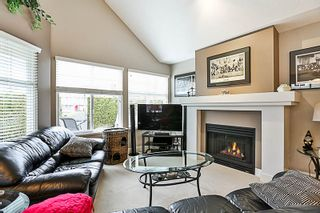 """Photo 32: 16 15450 ROSEMARY HEIGHTS Crescent in Surrey: Morgan Creek Townhouse for sale in """"CARRINGTON"""" (South Surrey White Rock)  : MLS®# R2245684"""