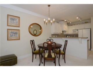 """Photo 5: 114 3188 W 41ST Avenue in Vancouver: Kerrisdale Condo for sale in """"THE LANESBOROUGH"""" (Vancouver West)  : MLS®# V1063940"""