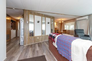 Photo 4: 37 1393 Craigflower Rd in : VR View Royal Manufactured Home for sale (View Royal)  : MLS®# 874706