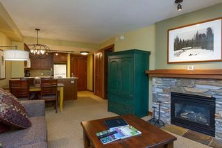 """Photo 3: 201 G4 4653 BLACKCOMB Way in Whistler: Benchlands Condo for sale in """"HORSTMAN HOUSE"""" : MLS®# R2373370"""