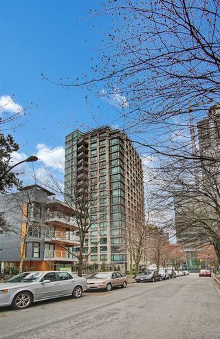 """Photo 20: 1501 1003 BURNABY Street in Vancouver: West End VW Condo for sale in """"MILANO"""" (Vancouver West)  : MLS®# R2555583"""