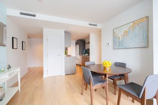 """Photo 10: 2606 1111 ALBERNI Street in Vancouver: West End VW Condo for sale in """"Shangri-La Vancouver"""" (Vancouver West)  : MLS®# R2478466"""