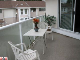 """Photo 6: 47 9918 148TH Street in Surrey: Guildford Townhouse for sale in """"HIGH POINT COURT"""" (North Surrey)  : MLS®# F1007949"""