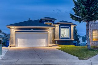 Photo 3: 226 Coral Shores Landing NE in Calgary: Coral Springs Detached for sale : MLS®# A1107142
