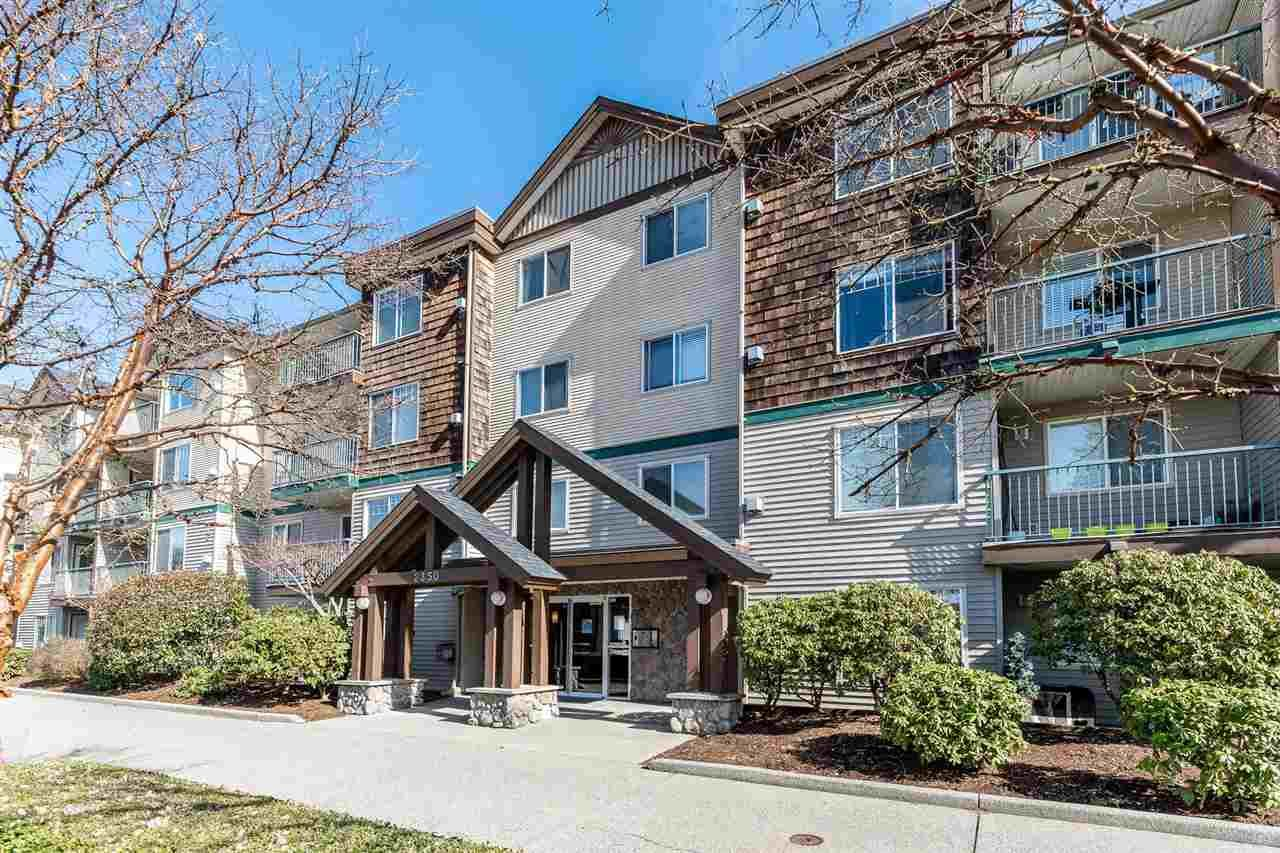 """Main Photo: 307 2350 WESTERLY Street in Abbotsford: Abbotsford West Condo for sale in """"Stonecroft Estates"""" : MLS®# R2547994"""