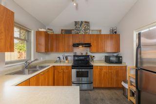 "Photo 8: 95 1821 WILLOW Crescent in Squamish: Garibaldi Estates Townhouse for sale in ""Willow Village"" : MLS®# R2620539"