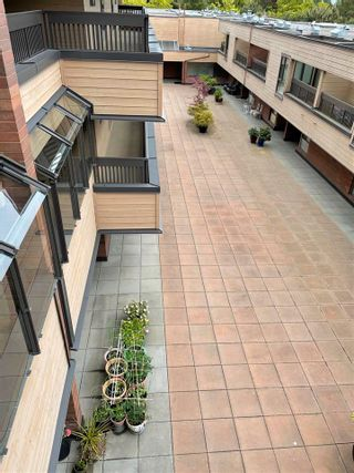 """Photo 17: 409 333 WETHERSFIELD Drive in Vancouver: South Cambie Condo for sale in """"LANGARA COURT"""" (Vancouver West)  : MLS®# R2586908"""