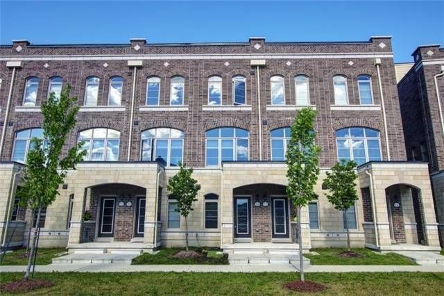 Main Photo: 168 Glad Park Ave in Whitchurch-Stouffville: Condo for sale : MLS®# N4235957
