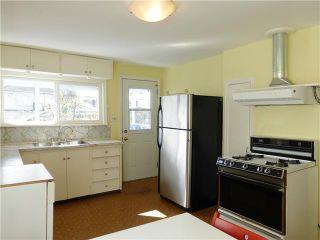 Photo 5: 2662 ADANAC Street in Vancouver: Renfrew VE House for sale (Vancouver East)  : MLS®# V1113849