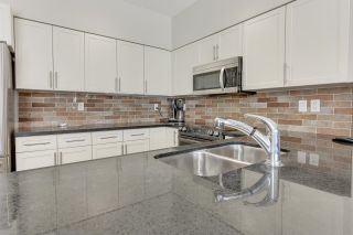 Photo 13: 503 10136 104 Street in Edmonton: Zone 12 Condo for sale : MLS®# E4255472