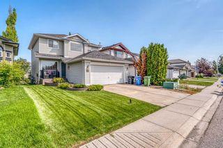 Main Photo: 92 Douglas Ridge Green SE in Calgary: Douglasdale/Glen Detached for sale : MLS®# A1128207