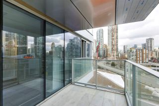 Photo 13: 1208 1480 HOWE STREET in Vancouver: Yaletown Condo for sale (Vancouver West)  : MLS®# R2427901