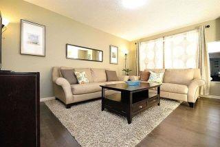 Photo 3: 1574 35B Avenue in Edmonton: Zone 30 House for sale : MLS®# E4265391