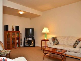 Photo 8: 42 3109 161ST Street in Surrey: Grandview Surrey Condo for sale (South Surrey White Rock)  : MLS®# F1206940