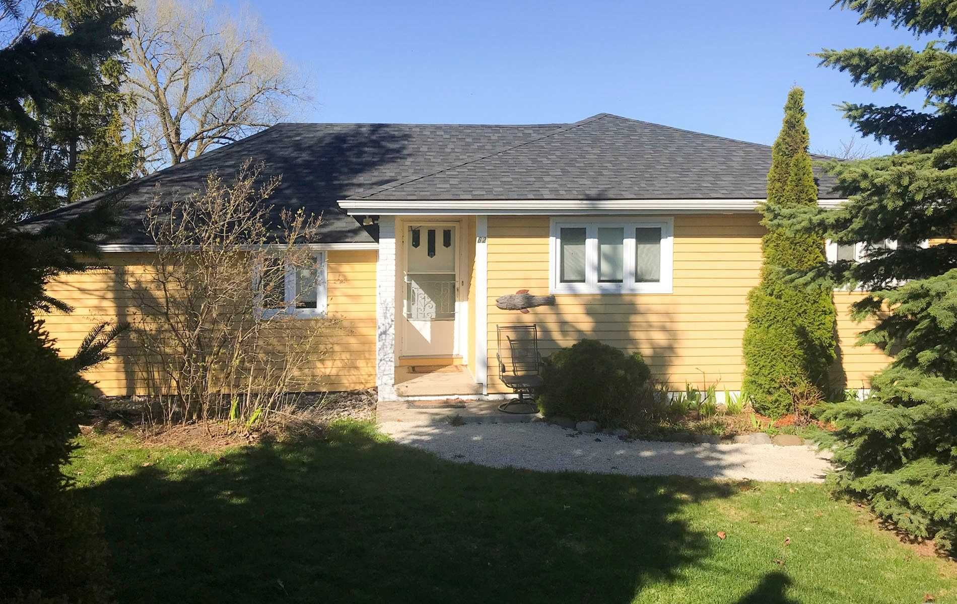 Main Photo: 62 Cottage Avenue in Blue Mountains: Thornbury House (Bungalow) for lease : MLS®# X4754668