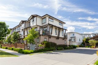"""Photo 2: 58 19433 68 Avenue in Surrey: Clayton Townhouse for sale in """"Grove"""" (Cloverdale)  : MLS®# R2272699"""