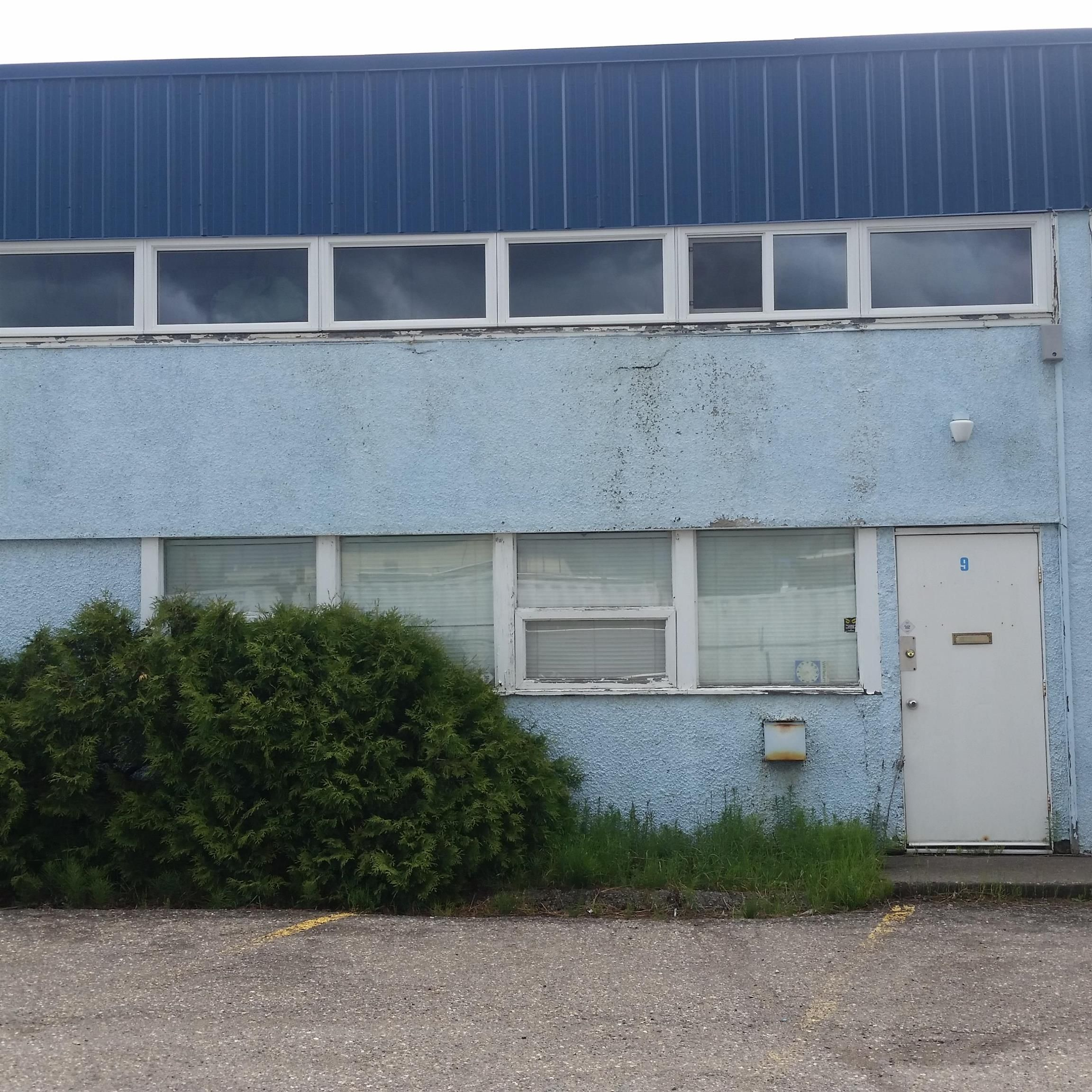 Main Photo: 9 1989 1ST Avenue in Prince George: Downtown PG Industrial for sale (PG City Central (Zone 72))  : MLS®# C8039755