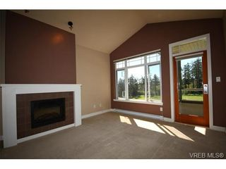 Photo 6: 404C 1115 Craigflower Rd in VICTORIA: Es Gorge Vale Condo for sale (Esquimalt)  : MLS®# 699339