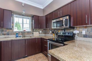 Photo 3: 2373 E 33RD Avenue in Vancouver: Collingwood VE House for sale (Vancouver East)  : MLS®# R2253365