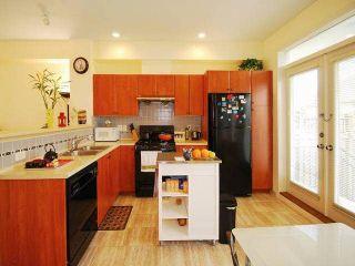 "Photo 4: 9 6539 ELGIN Avenue in Burnaby: Forest Glen BS Townhouse for sale in ""OAKWOOD"" (Burnaby South)  : MLS®# V1112549"