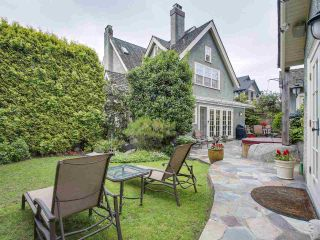 """Photo 2: 4490 PINE Crescent in Vancouver: Shaughnessy House for sale in """"Shaughnessy"""" (Vancouver West)  : MLS®# R2183712"""