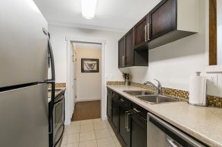 """Photo 4: 104 20350 54 Avenue in Langley: Langley City Condo for sale in """"Coventry Gate"""" : MLS®# R2543933"""