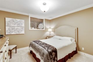 "Photo 17: 46 350 174 Street in Surrey: Pacific Douglas Townhouse for sale in ""THE GREENS"" (South Surrey White Rock)  : MLS®# R2519414"