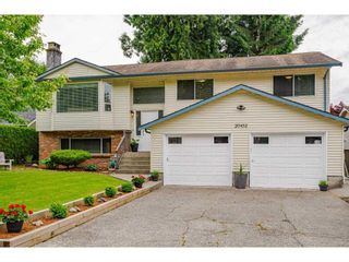 Photo 2: 20452 90 Crescent in Langley: Walnut Grove House for sale : MLS®# R2586041