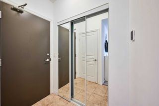 Photo 4: 1706 223 Webb Drive in Mississauga: City Centre Condo for sale : MLS®# W5185388