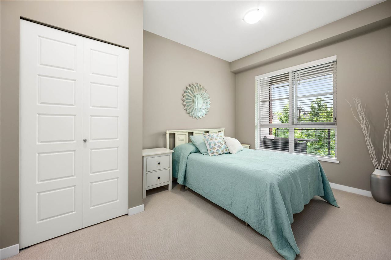 """Photo 17: Photos: 309 23215 BILLY BROWN Road in Langley: Fort Langley Condo for sale in """"WATERFRONT at Bedford Landing"""" : MLS®# R2472976"""