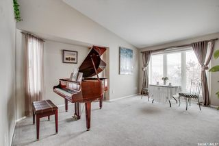 Photo 4: 427 Briarvale Court in Saskatoon: Briarwood Residential for sale : MLS®# SK842711