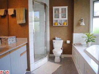 "Photo 7: 9170 161A Street in Surrey: Fleetwood Tynehead House for sale in ""Maple Glen"" : MLS®# F1017798"