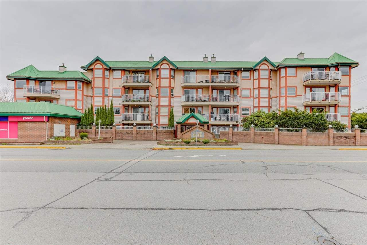 """Main Photo: 440 22661 LOUGHEED Highway in Maple Ridge: East Central Condo for sale in """"GOLDEN EARS GATE"""" : MLS®# R2513014"""