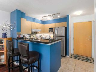 """Photo 10: 407 1575 W 10TH Avenue in Vancouver: Fairview VW Condo for sale in """"TRITON ON 10TH"""" (Vancouver West)  : MLS®# R2580772"""