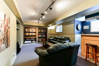 "Photo 20: 21568 86A Crescent in Langley: Walnut Grove House for sale in ""Forest Hills"" : MLS®# R2276258"