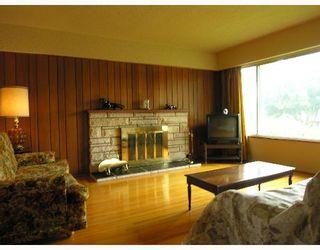 Photo 2: 2666 WAVERLEY Avenue in Vancouver: Killarney VE House for sale (Vancouver East)  : MLS®# V653683