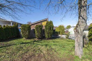 Photo 2: 5547 49 Avenue in Delta: Hawthorne House for sale (Ladner)  : MLS®# R2560141