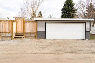 Photo 31: 143 Capri Avenue NW in Calgary: Charleswood Detached for sale : MLS®# A1114057