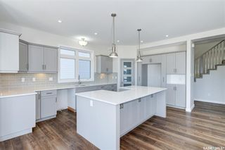 Photo 4: 554 Burgess Crescent in Saskatoon: Rosewood Residential for sale : MLS®# SK851368