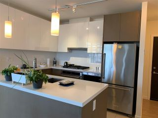 """Photo 7: 2608 3080 LINCOLN Avenue in Coquitlam: North Coquitlam Condo for sale in """"1123 WESTWOOD"""" : MLS®# R2562735"""
