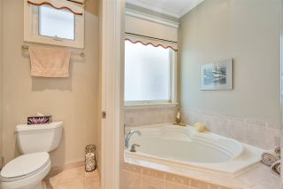 """Photo 24: 15446 37A Avenue in Surrey: Morgan Creek House for sale in """"ROSEMARY HEIGHTS"""" (South Surrey White Rock)  : MLS®# R2475053"""