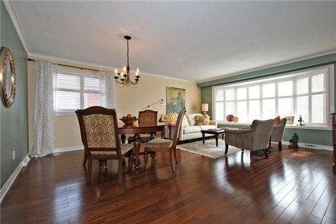 Photo 16: Photos: 22 Broadlands Boulevard in Toronto: Parkwoods-Donalda House (Bungalow) for sale (Toronto C13)  : MLS®# C3147639