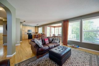 Photo 15: 323 Discovery Place SW in Calgary: Discovery Ridge Detached for sale : MLS®# A1141184