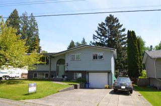 Photo 1: 8096 SUMAC Place in Mission: Mission BC House for sale : MLS®# R2577839