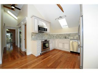 Photo 10: 1421 Walnut Street in Vancouver West: Kitsilano Triplex for sale : MLS®# V1037289