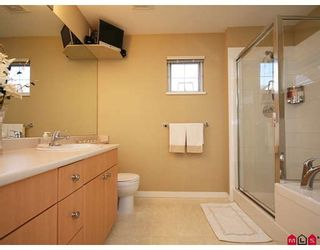 """Photo 9: 35 6651 203RD Street in Langley: Willoughby Heights Townhouse for sale in """"SUNSCAPE"""" : MLS®# F2833451"""