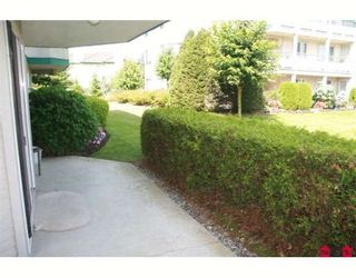 """Photo 8: 117 2451 GLADWIN Road in Abbotsford: Abbotsford West Condo for sale in """"CENTENNIAL COURT"""" : MLS®# F2912333"""