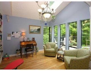Photo 6: 1065 Blue Grouse Way in North Vancouver: Grouse Woods House  : MLS®# V710438